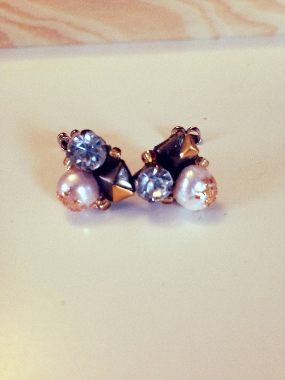 Gold Sprinkled Pearl Cluster Earrings