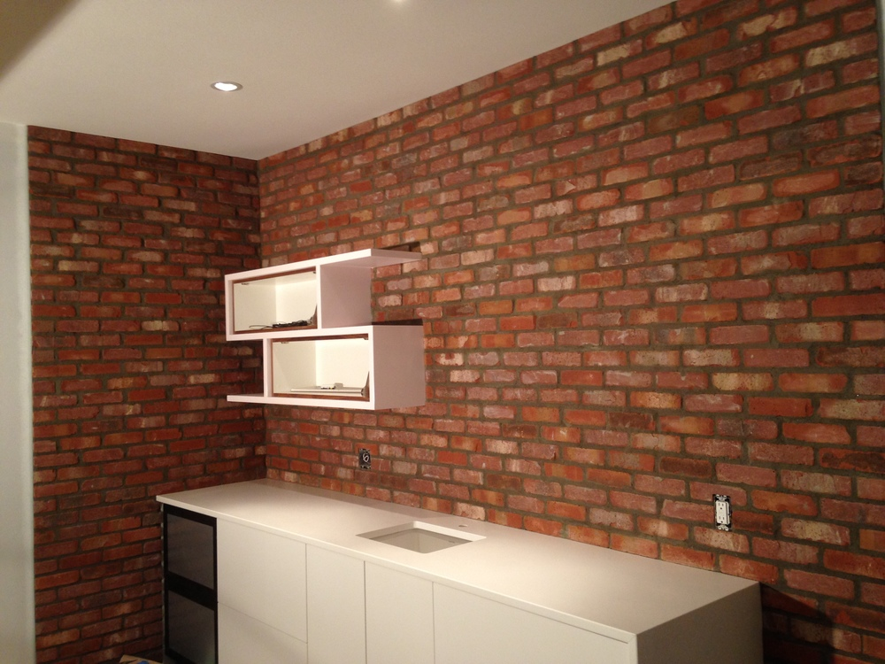 Thin Brick Bar