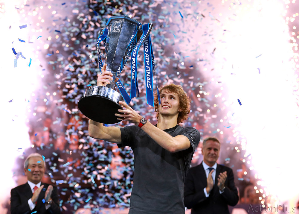 Alexander Zverev lifting the Nitto ATP Finals Trophy