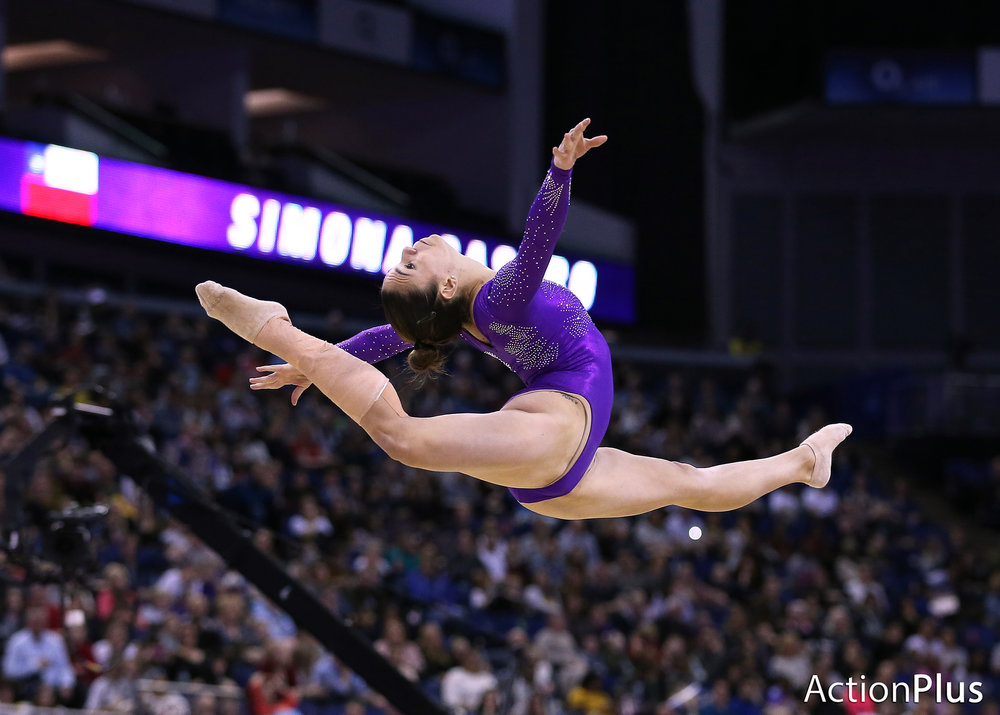 Simona Castro of Chile performing on the floor.