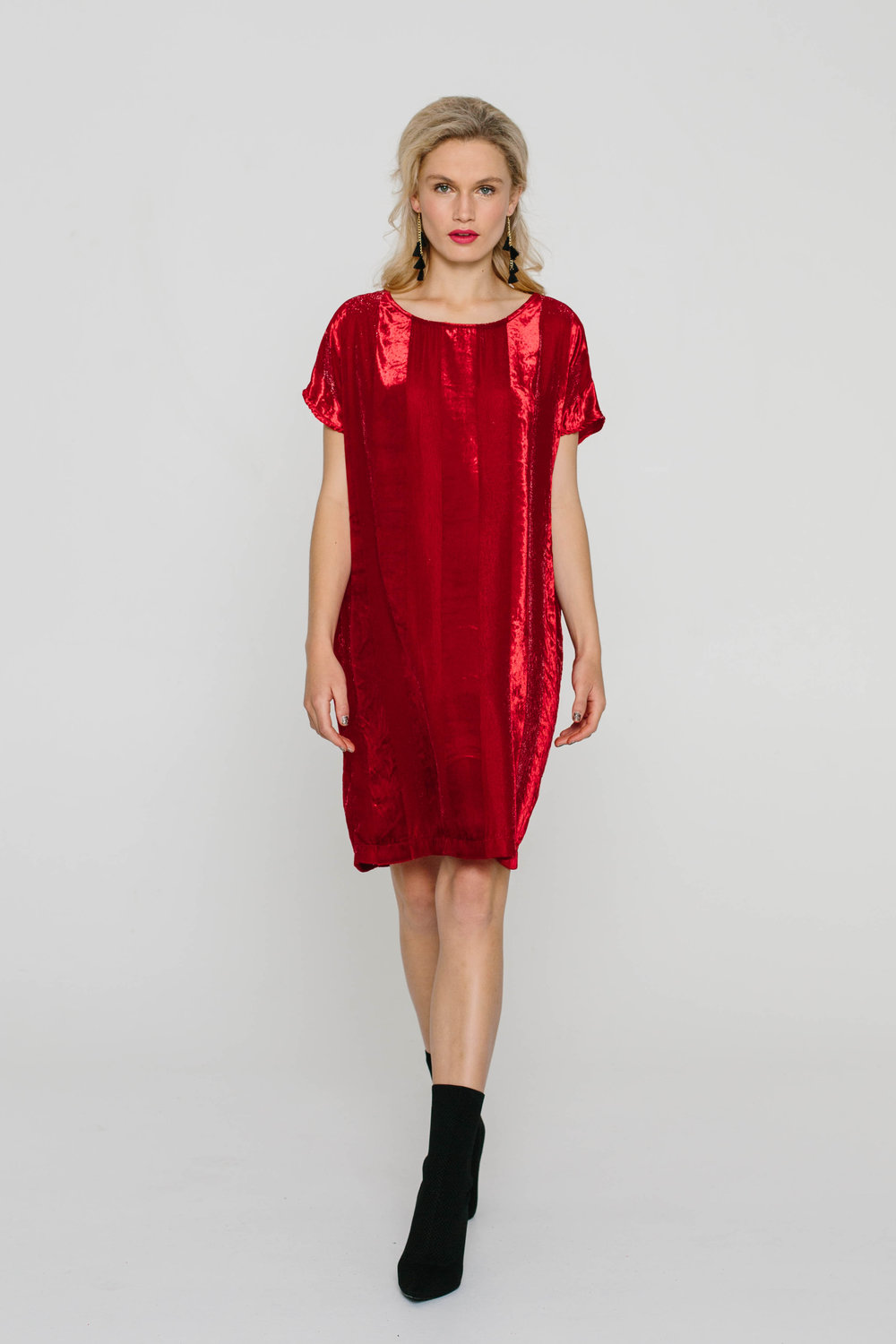 5474WA The Dress Velvet Red