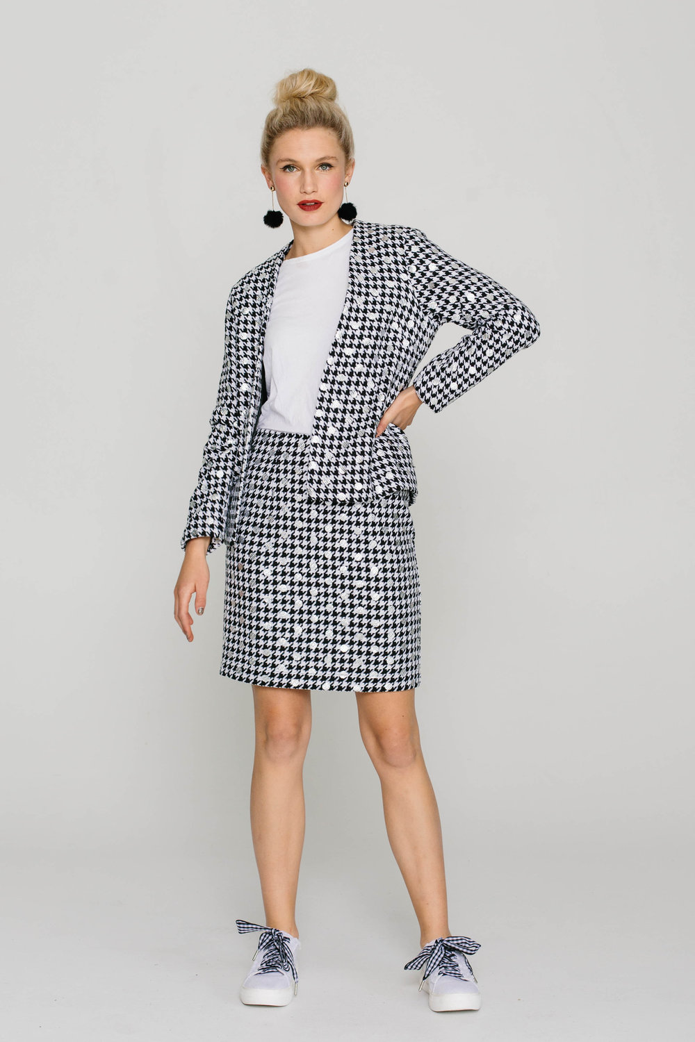5842W Bowie Jacket Chanel Silver 5740W Straight Skirt Chanel Silver