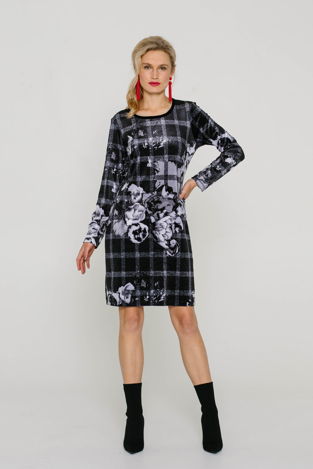 5979W Blondie Dress Check Black Rose