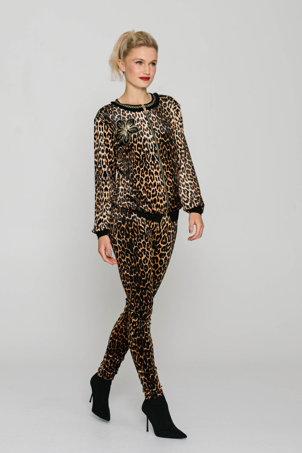 6193W New Tight Leopard Caramel
