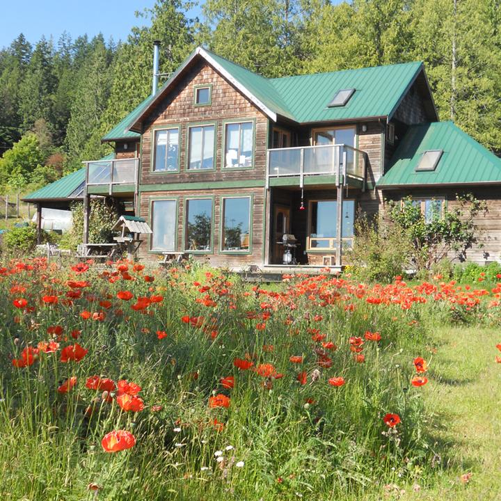 brouard-residence-sm-sq.jpg