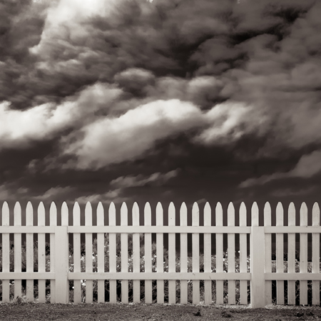 Michael Knapsetin, Picket Fence