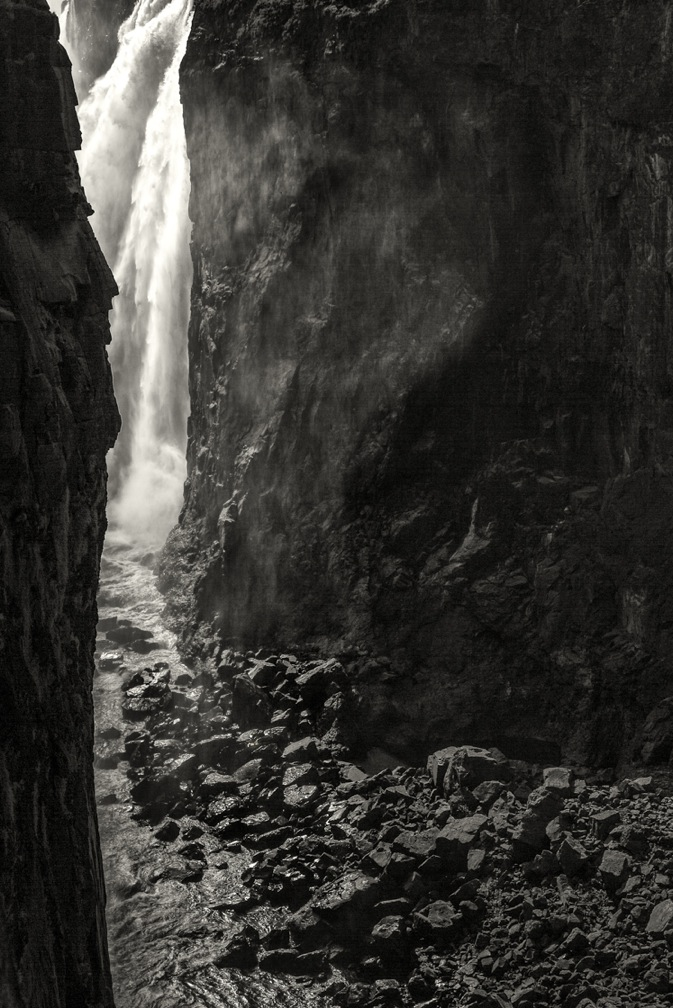 Victoria Falls, by John Gauder. All rights reserved.