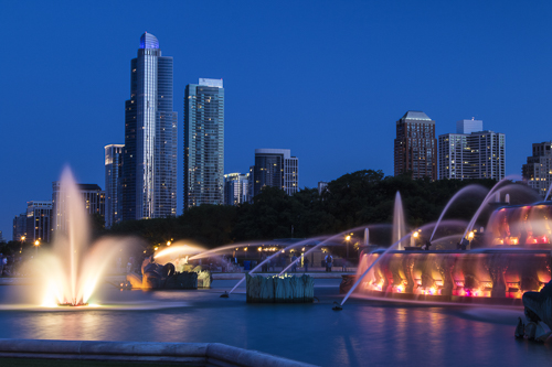 An Evening in Chicago, by Tom Miller. All rights reserved.