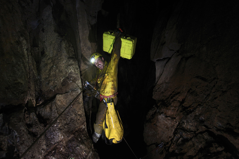 kasiabiernacka_caves17a.jpg