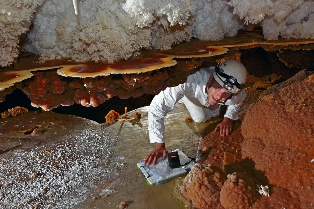 kasiabiernacka_caves27a.jpg