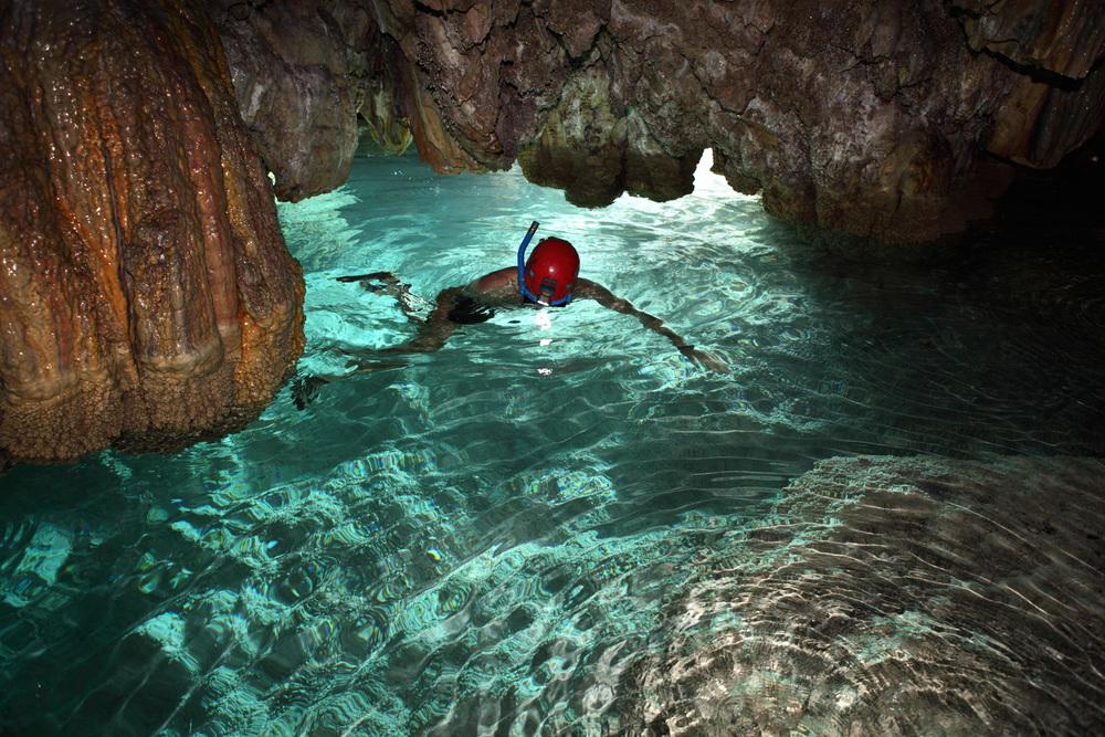 kasiabiernacka_caves28a.jpg