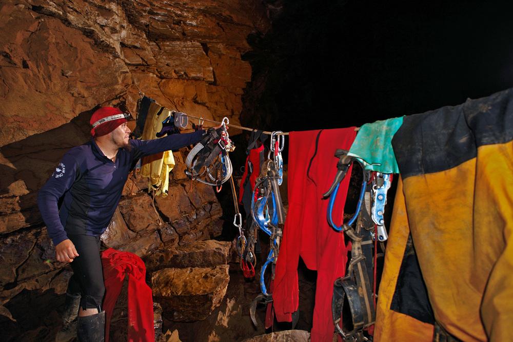 kasiabiernacka_caves39a.jpg