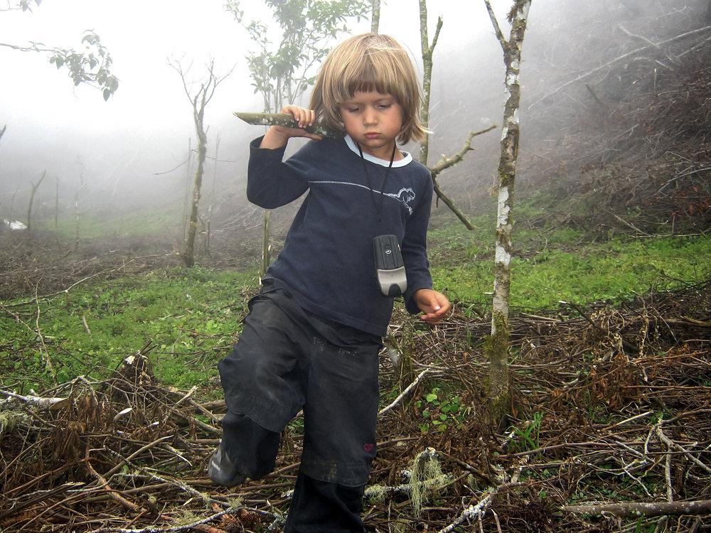 Z małym dzieckiem na wyprawę? - Zabieranie dziecka na wyprawy eksploracyjne czy górskie to sposób na połączenie naszych pasji z życiem rodzinnym. Nie zawsze będzie łatwo, ale warto podjąć wyzwanie. Daje ono dziecku szansę na doświadczenie różnorodności świata i zaprzyjaźnienie się z nim. Wbrew pozorom łatwiej zacząć, gdy dziecko jest naprawdę małe. Jak to zrobić w sposób mądry i jednocześnie ciekawy dla niego?Kasia Biernacka podzieli się doświadczeniami z podróżowania po świecie z 12-letnią dziś Zuzią.Zamów spotkanie - kontakt.