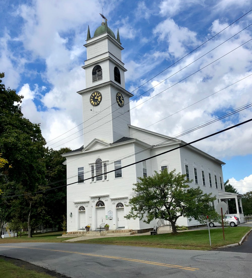 lyme congregational church gives that old new england feeling