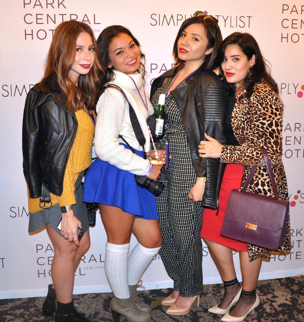 From Left to Right: @PopOfCyn, @SmileChiquita, Myself & @LoveKarinaMunoz
