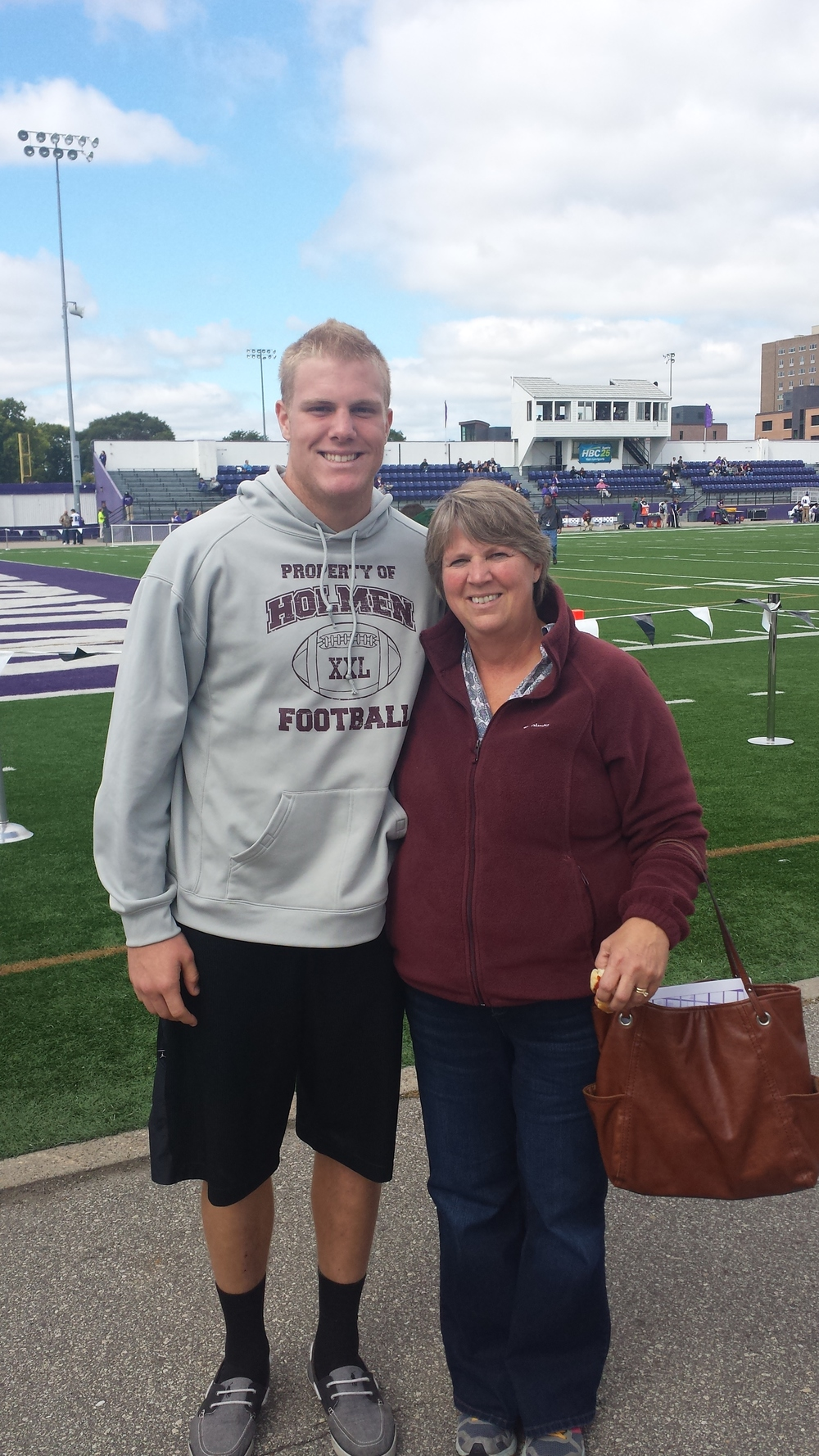 Greg with his Mom Karen at a WSU game in the fall