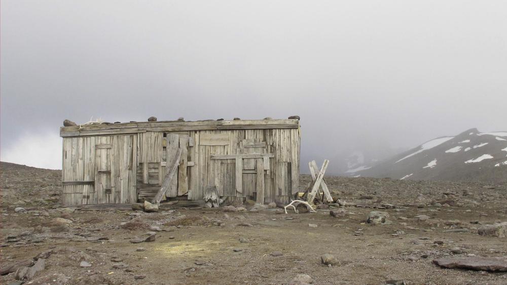Rausfjord hut Svalbard Devine copy.jpg