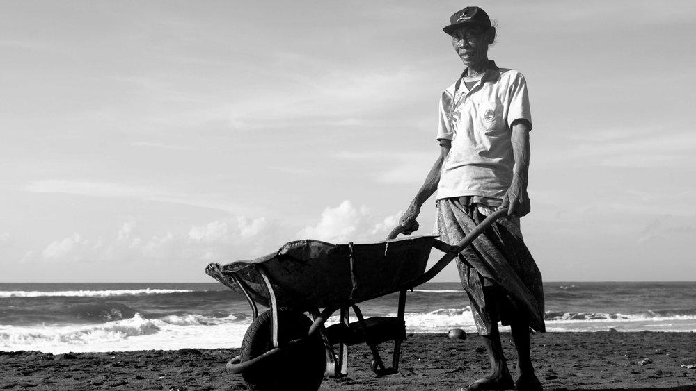 corona-bali-protected-paradise-parley-beach-clean-up-(29-of-218).jpg