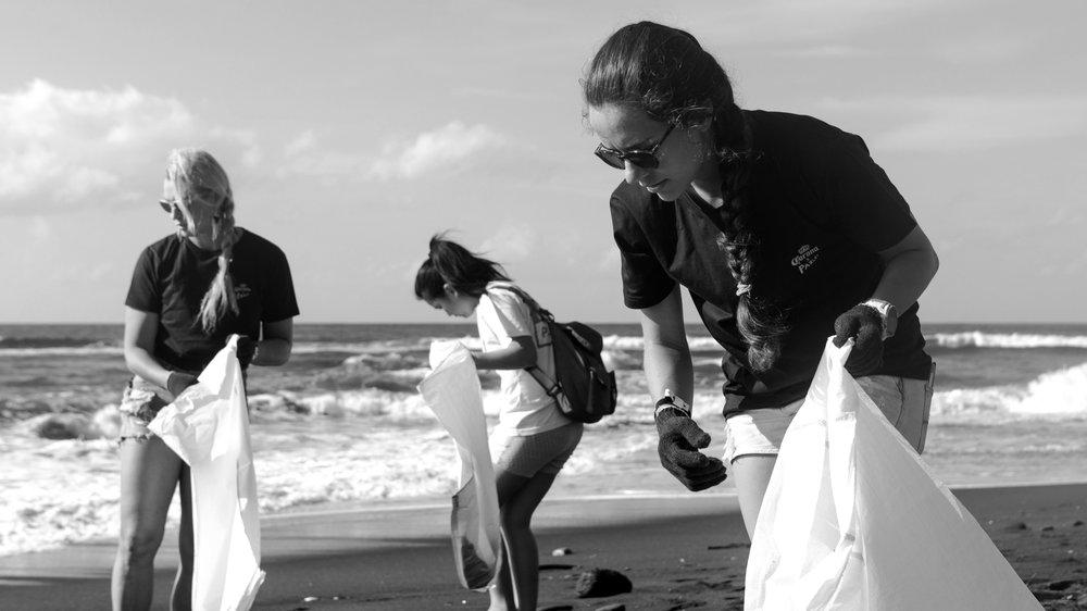 corona-bali-protected-paradise-parley-beach-clean-up-(43-of-218).jpg