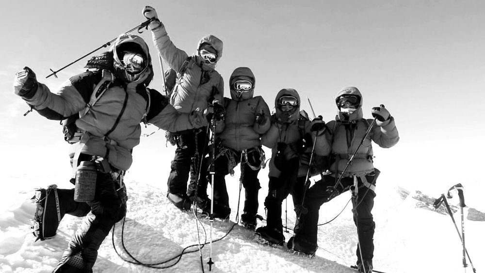 Seven Summits Women Team