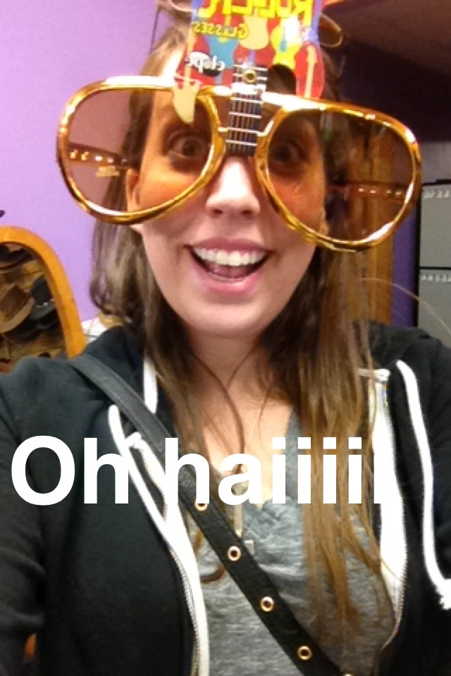Trying on novelty glasses in the Stagecoach Gift Shop. These are the gems my Snapchat friends got to enjoy during my trip!