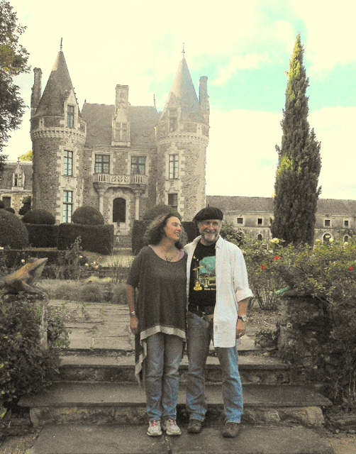 Mimi, John, and the Chateau.JPG