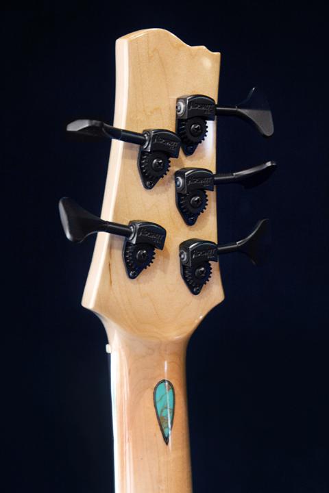GuitarB_004 copy.jpg