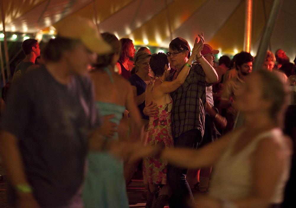 MPerkins_Grassroots2016_DanceTent_002.jpg