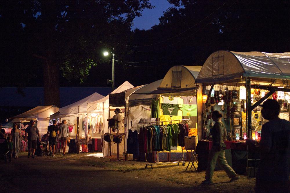 MPerkins_Grassroots2016_Vendors_Night.jpg
