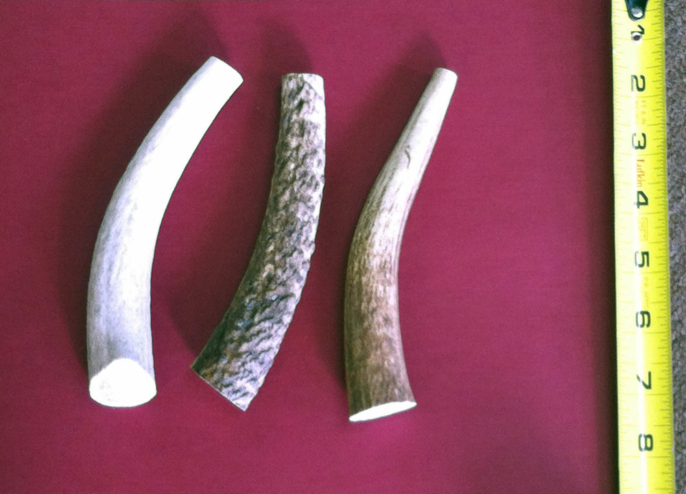 Antler pieces will vary naturally in shape, circumference, color and weight. All these factors are considered when assigning antlers to specific sizes.