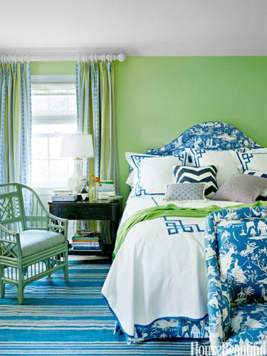 green.summer.bedroom