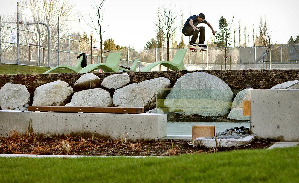 IMG_1111.2012.Skateboarding.JPG