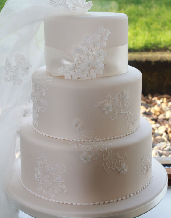 wedding cakes cardiff south wales wedding cakes cardiff cakes by yvette 24024