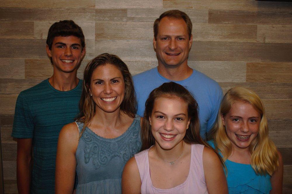 Ahrens Family[26603].jpg