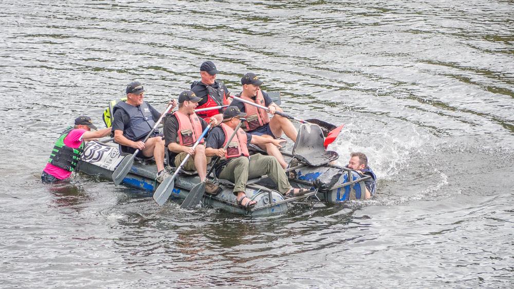 Raft Race-9043889.jpg