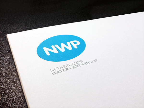 Netherlands-water-partnership-envelope-ontwerp
