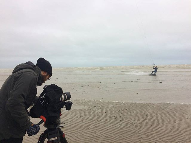 Such a pleasure to film Kiteboarding champion Lewis Crathern the other week. Such talent on his board and mind blowing to know he's jumped Brighton pier!  #Kitesurfing #kiteboarding #brightonpierjump #worthing #fs7 @lewiscrathernkitesurfer