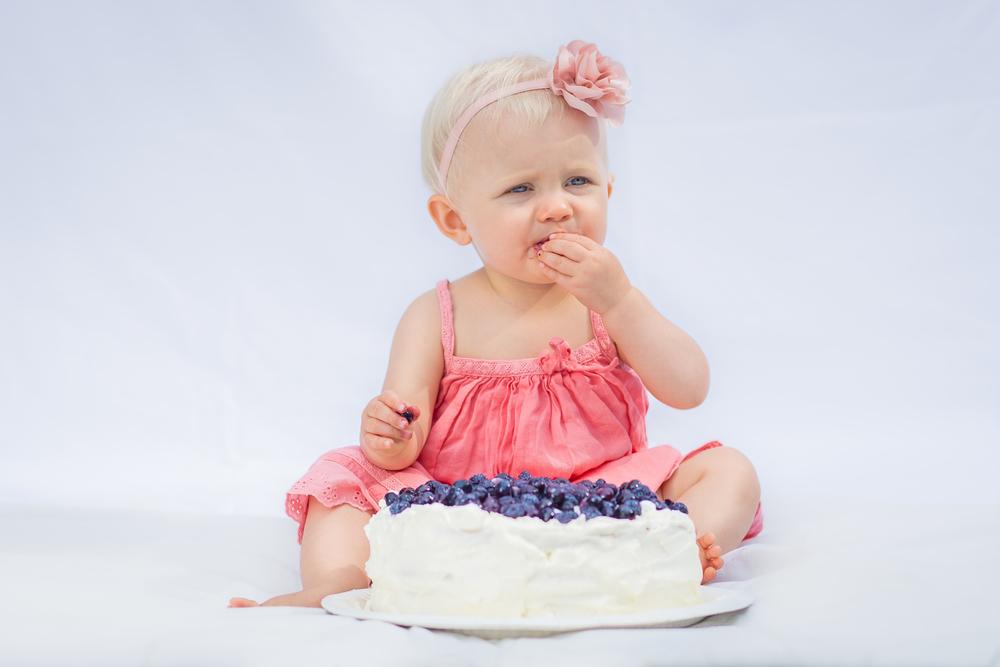 Baby fotograf i Stockholm Smash the cake