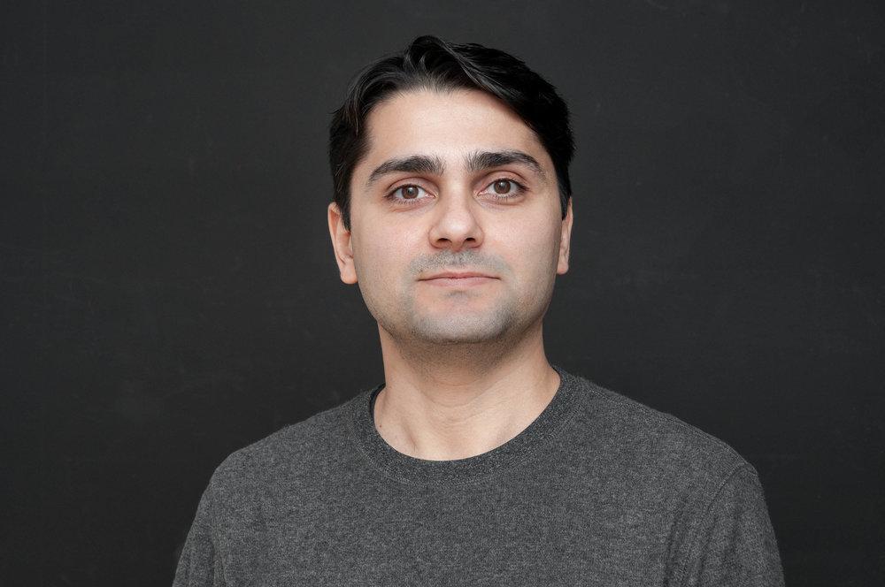 Sasan_Headshot_2018.jpg