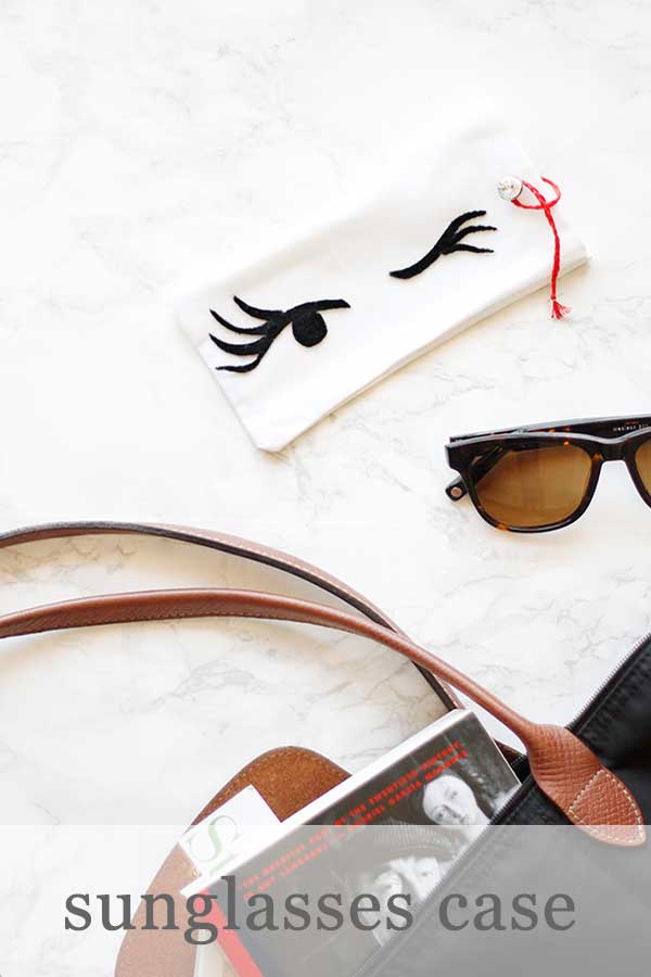Wink eyes sunglasses case