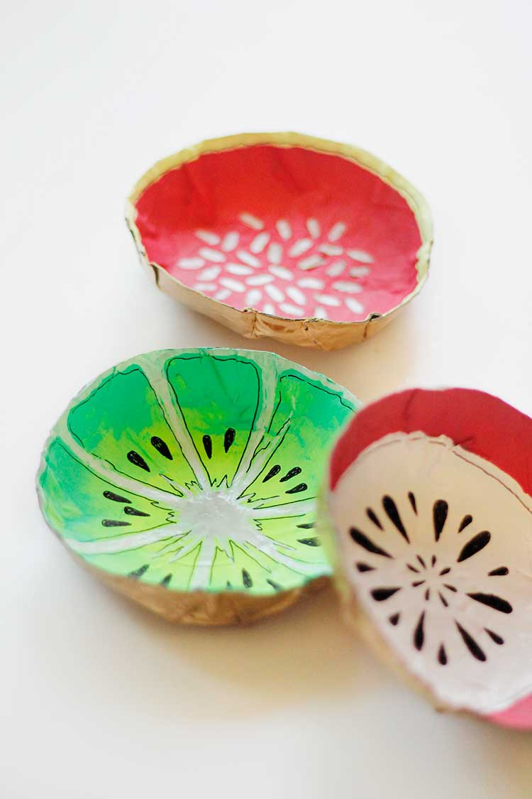 These paper mache fruit bowls are an easy DIY just in time for summer | Wellnesting & Simple DIY Fruit Bowls \u2014 Wellnesting | Creating a Happy Handmade Home