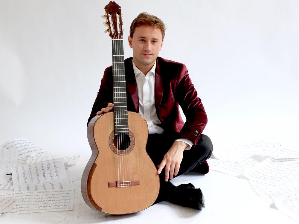 Michael Christian Durrant, Classical Guitarist_ Photo 3.jpg