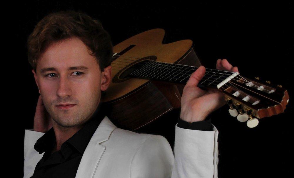 Michael Christian Durrant, Classical Guitarist_ Photo 11.jpg