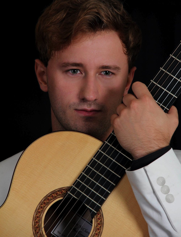 Michael Christian Durrant, Classical Guitarist_ Photo 12.jpg