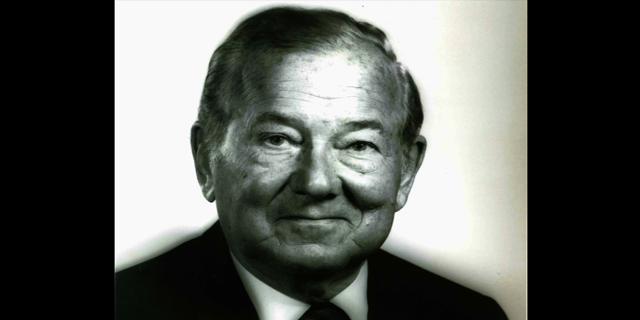 Raymond f. kravis
