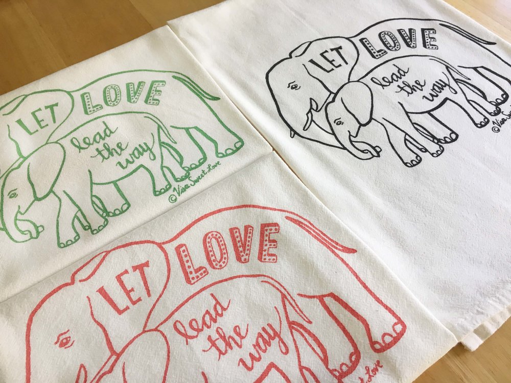 elephants towels side.jpg