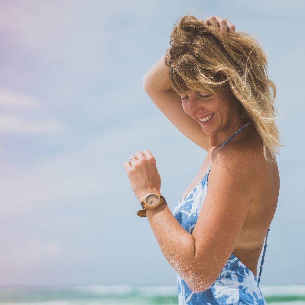 Lifestyle Coach, Wellness Expert, Yoga Teacher, Photographer, Minimal Living Advocate, Ocean Lover,Mother. -