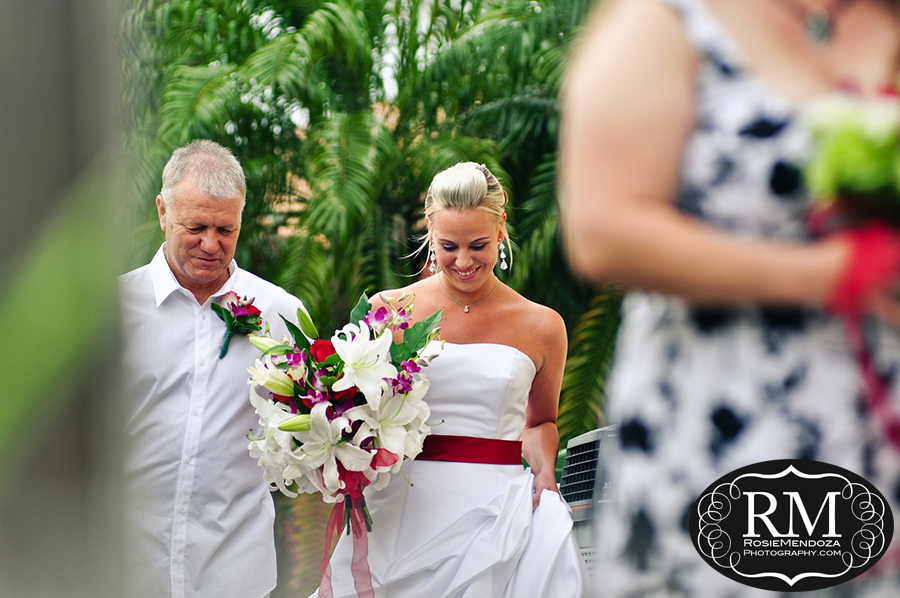 Fort-Lauderdale-backyard-wedding-walking-down-the-isle-photo