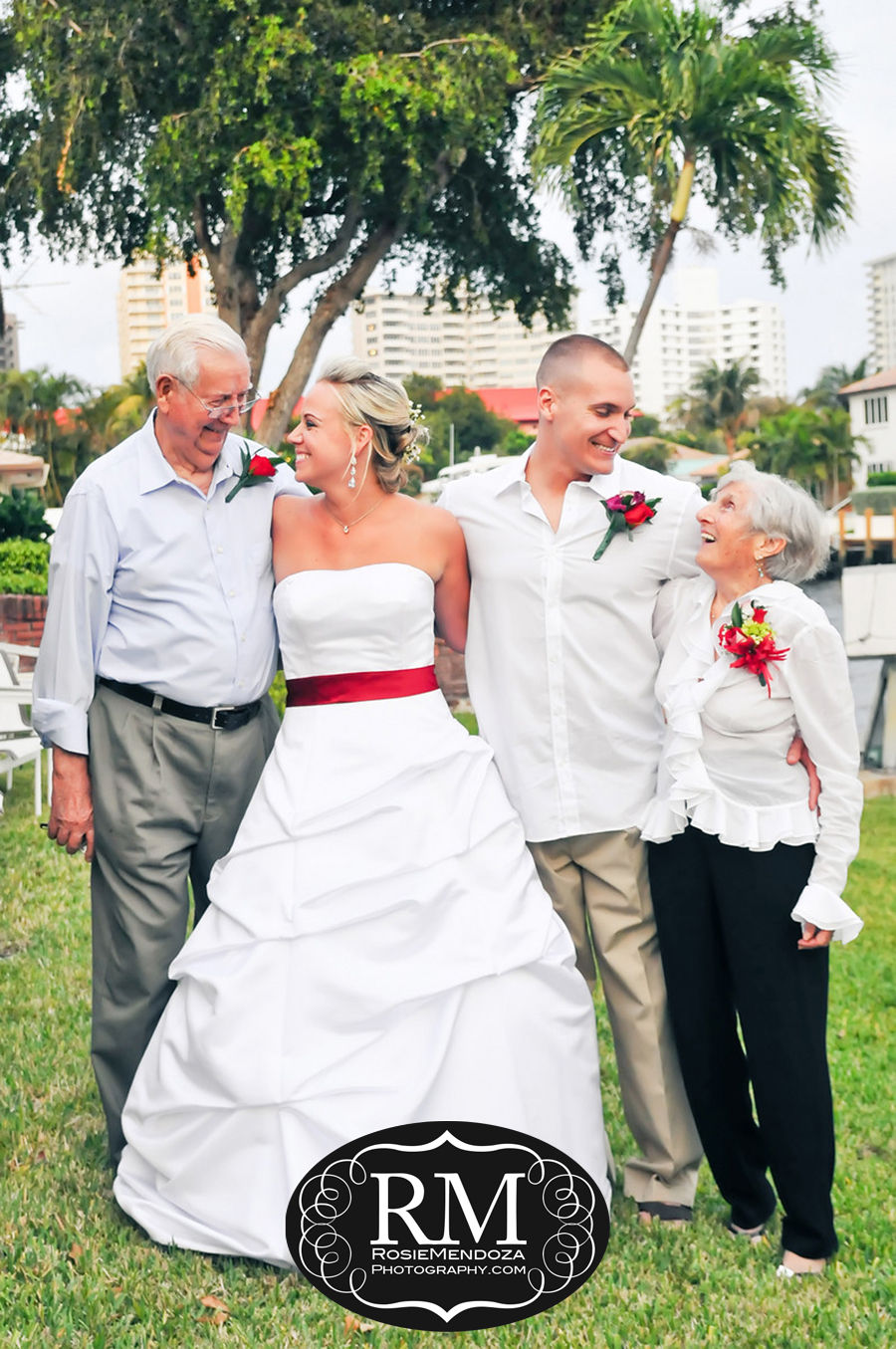 Fort-Lauderdale-backyard-wedding-portrait-photo