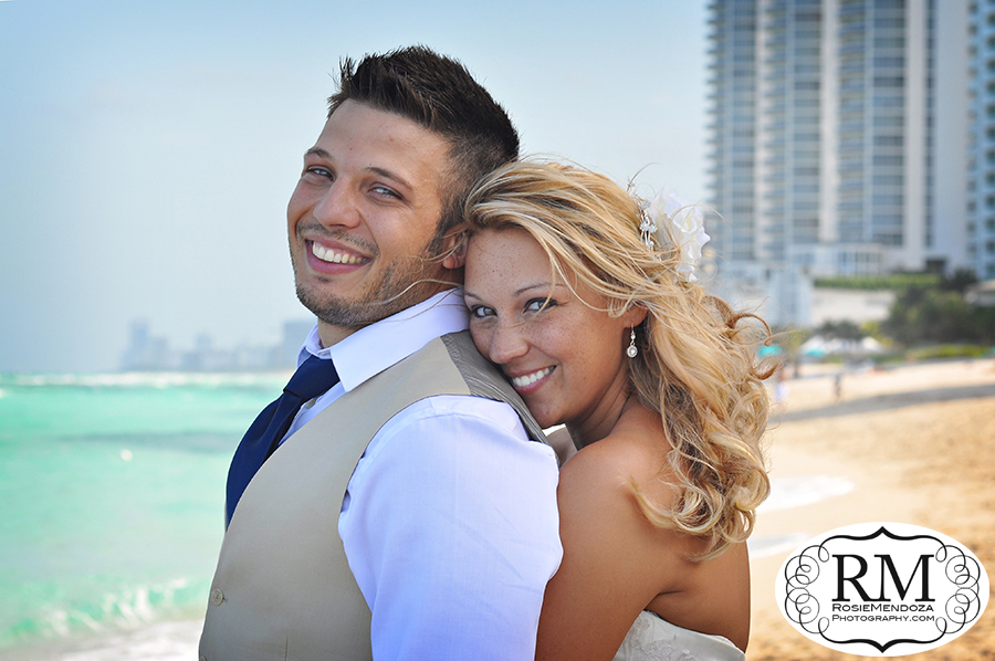 Newport-Beachside-Resort-and-Spa-Miami-Beach-Wedding-portrait-photo